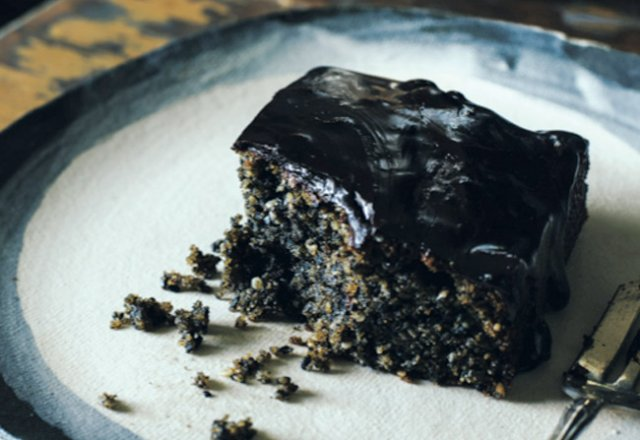 Black sesame chocolate cake