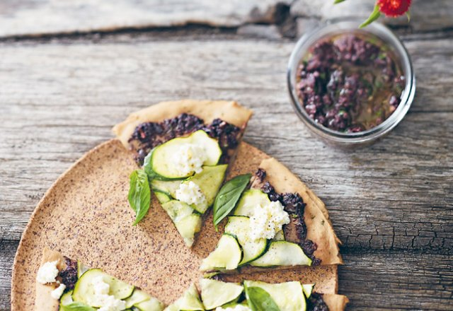 Buckwheat pizza with olive tapenade and zucchini