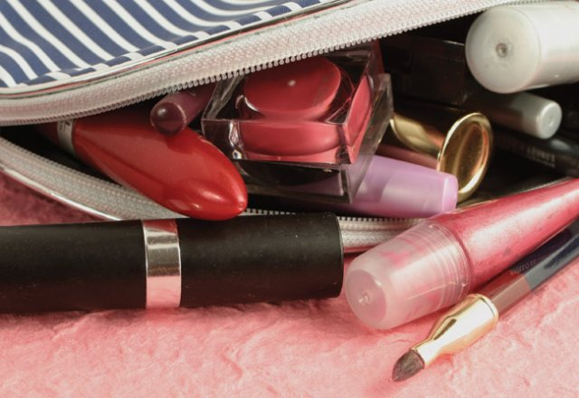 5 chemicals hiding in your beauty bag