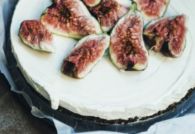 Fig tart with maple yoghurt