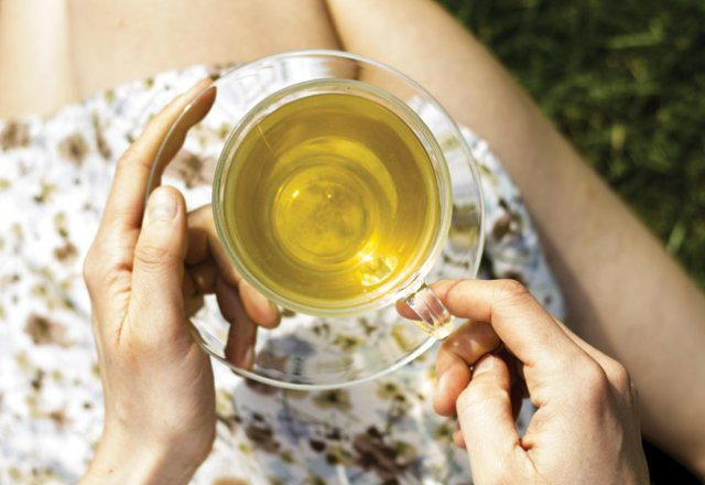 4 mood-boosting herbal teas