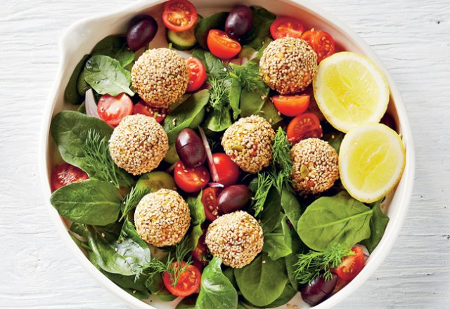 Raw falafel salad 