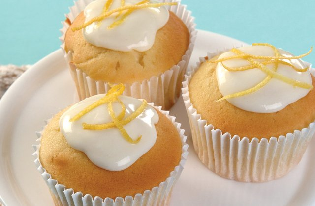 Lemon & honey cupcakes with cream cheese icing | Cake recipes ...