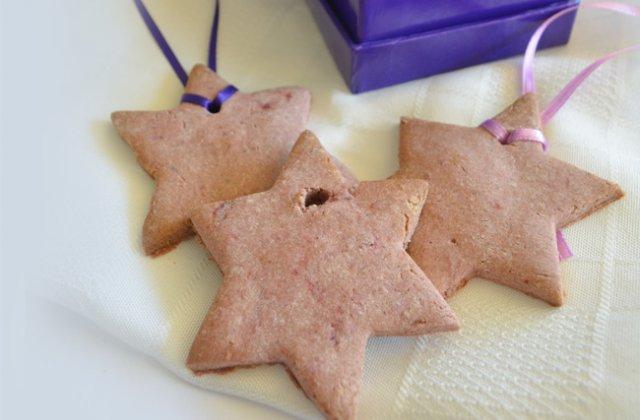 Raspberry And Orange Christmas Cookies Christmas Tree Decorations
