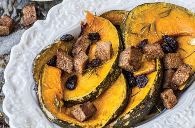 Roasted pumpkin with garlic croutons